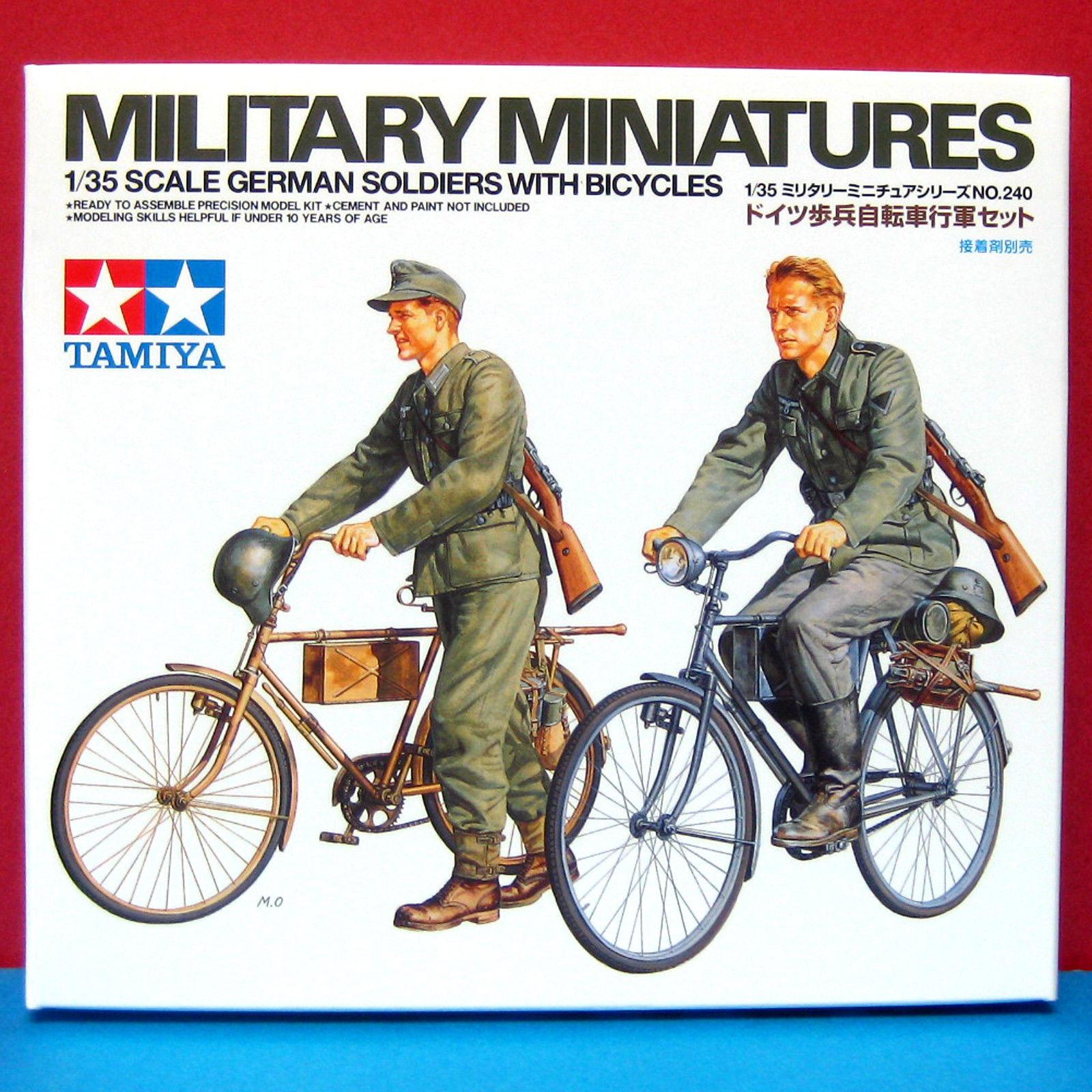 Tamiya 35240-Military Miniatures 1/35 Scale German Soldiers w/Bicycles